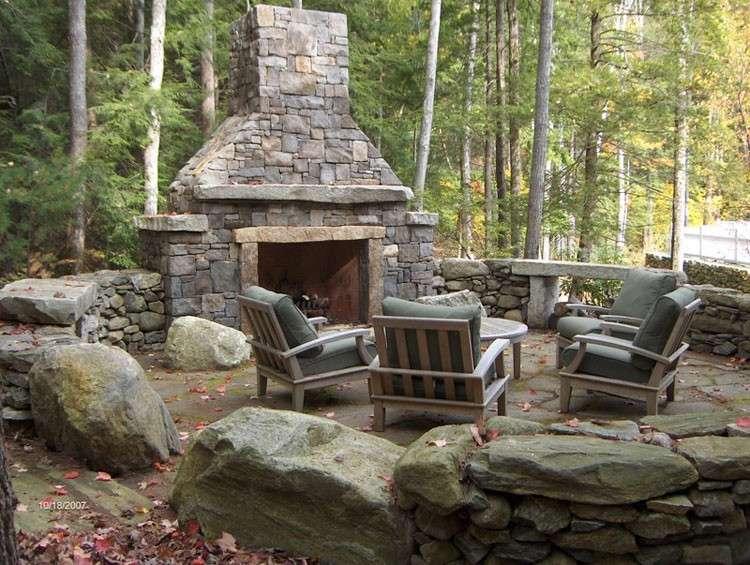 Camini, barbecue e forni per esterno: quale usare?