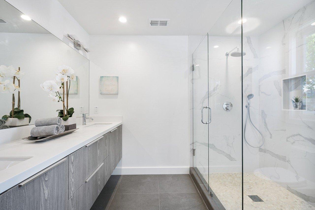 Consigli e idee per arredare il bagno